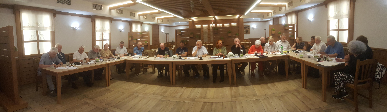 Člani_ce Sekcije sociologija časa na prvem letnem srečanju v Škofji Loki