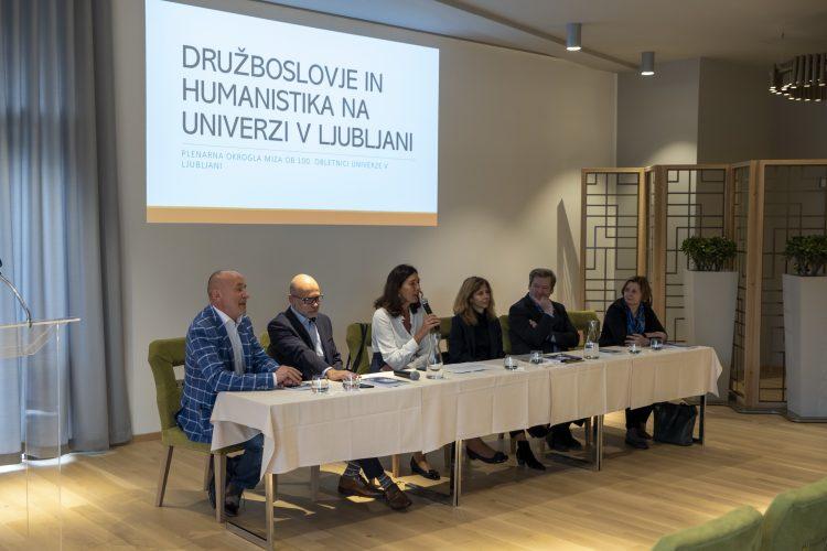Zapisnik okrogle mize Družboslovje in humanistika na Univerzi v Ljubljani