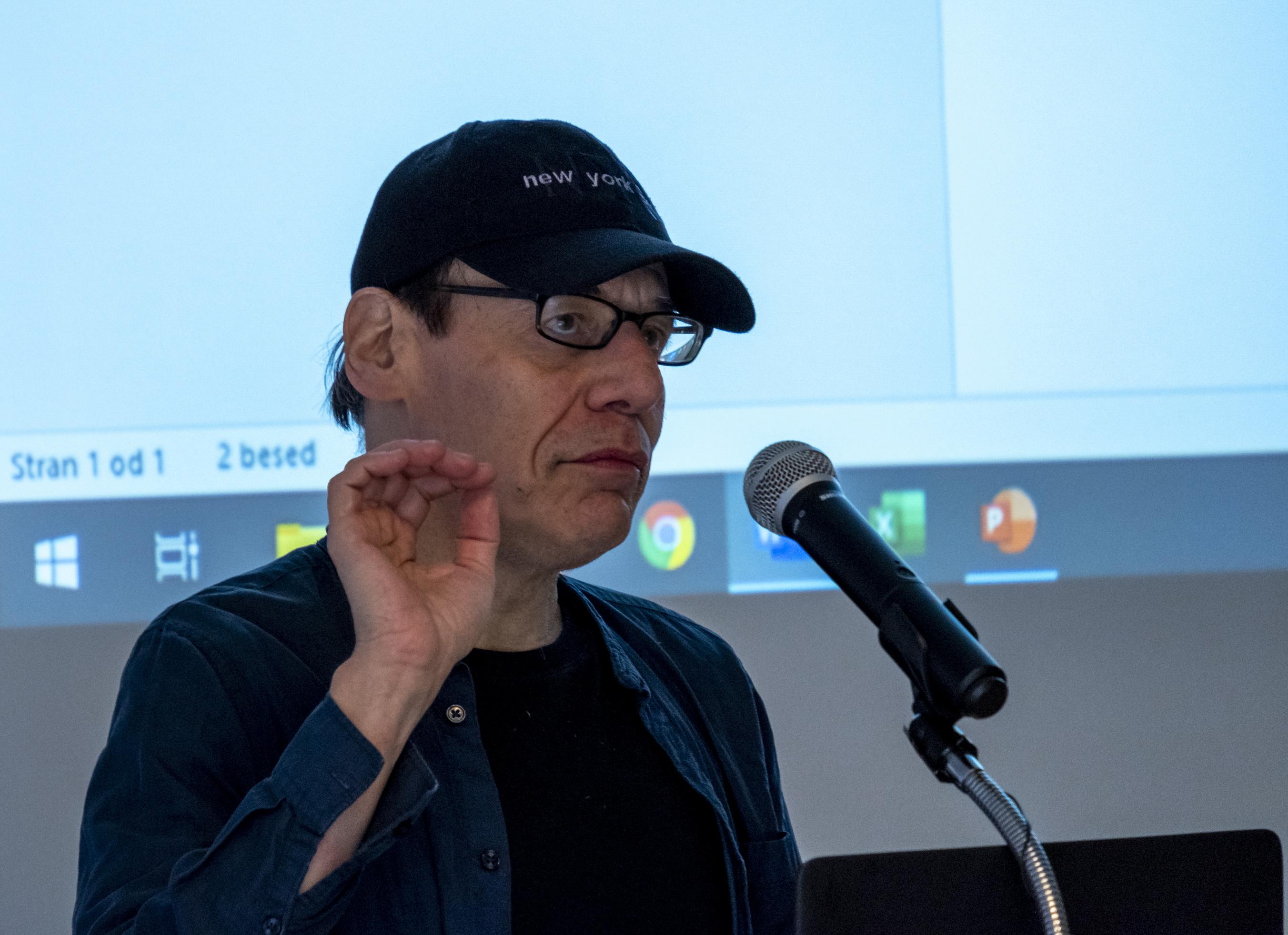 Intervju in posnetek plenarnega predavanja dr. Steve Fullerja
